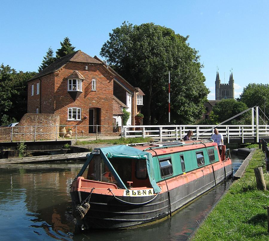 Canal boat departs Newbury