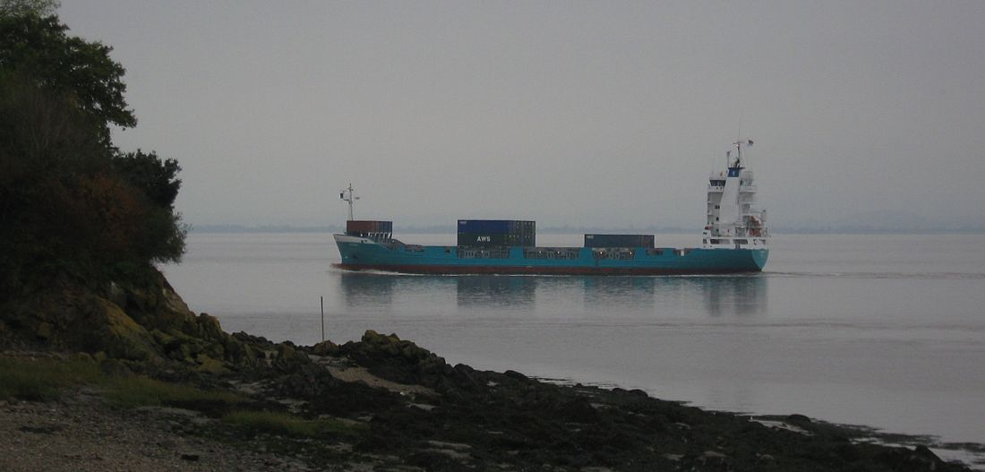 Container vessel past Portishead