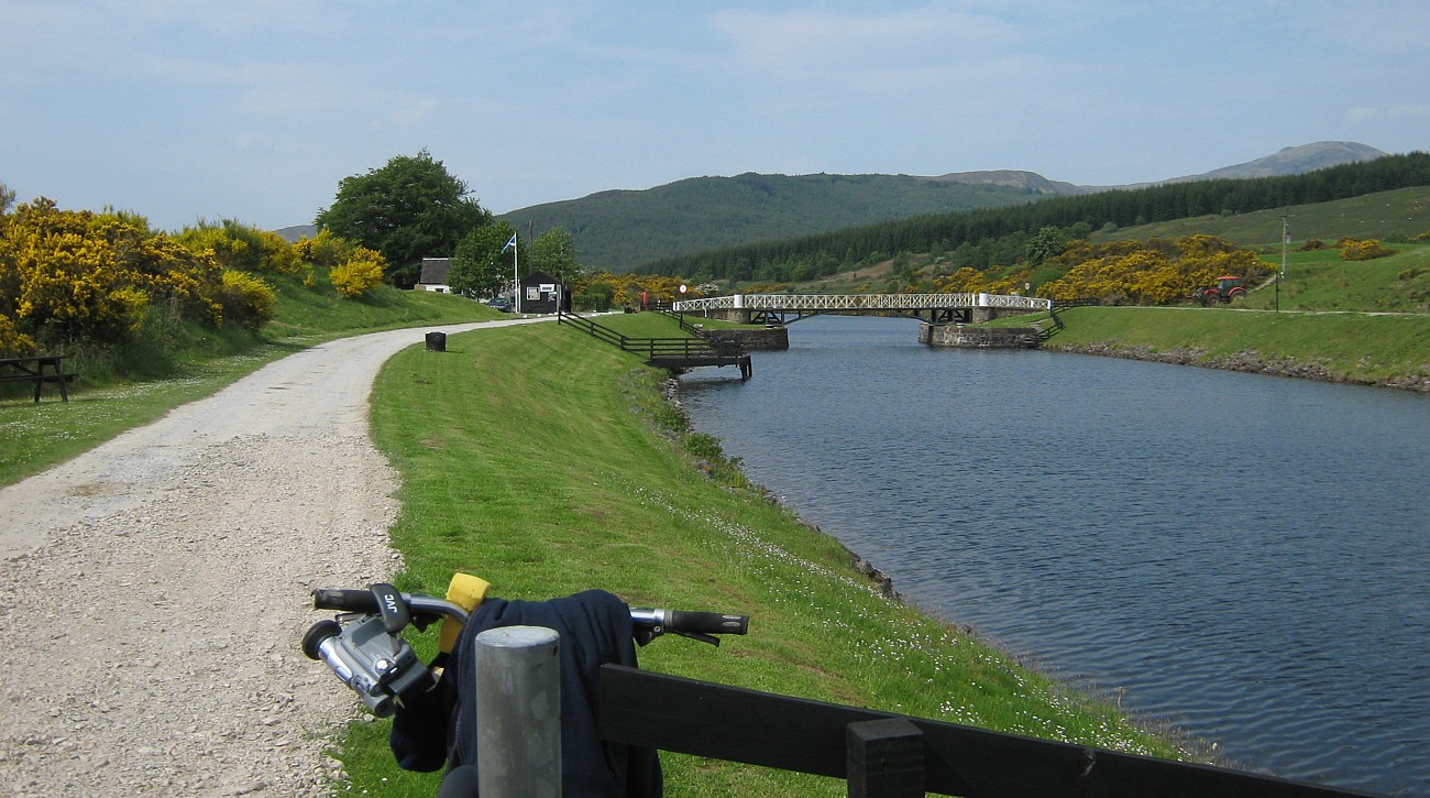 Moy swing bridge