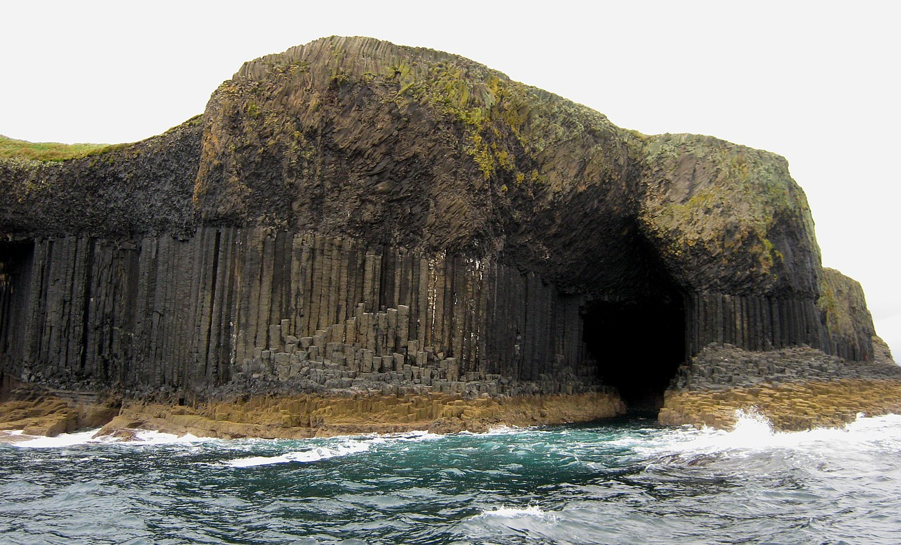 Fingals cave from Seaward