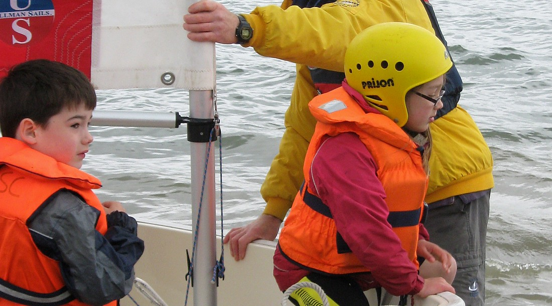 Going ashore from a HRSC Foxer dinghy