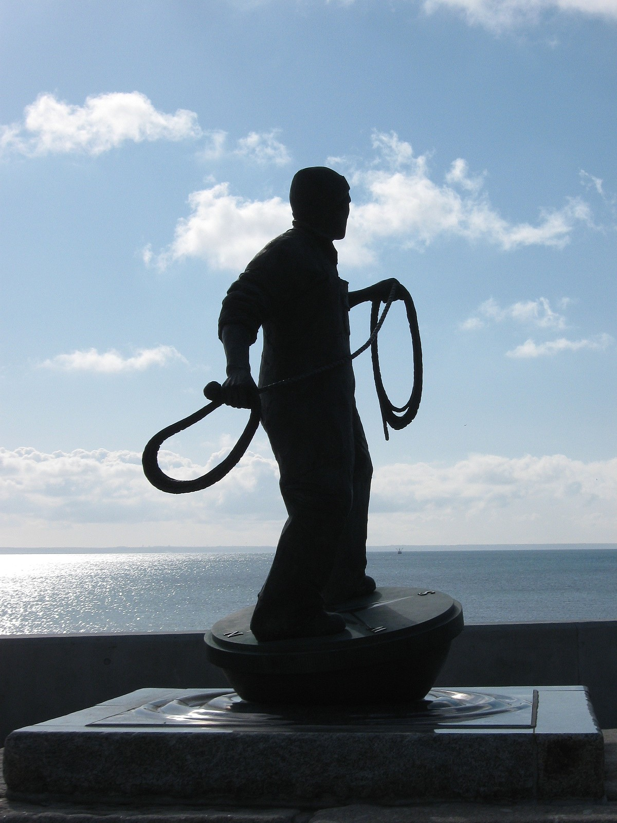 Newlyn Statue Fisherman at Work